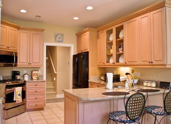4 -kitchen, pic 1- Prev
